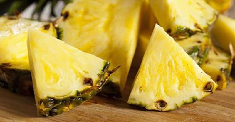 9 neobyčejných léčivých účinků ananasu, o kterých jste zřejmě ještě neslyšeli